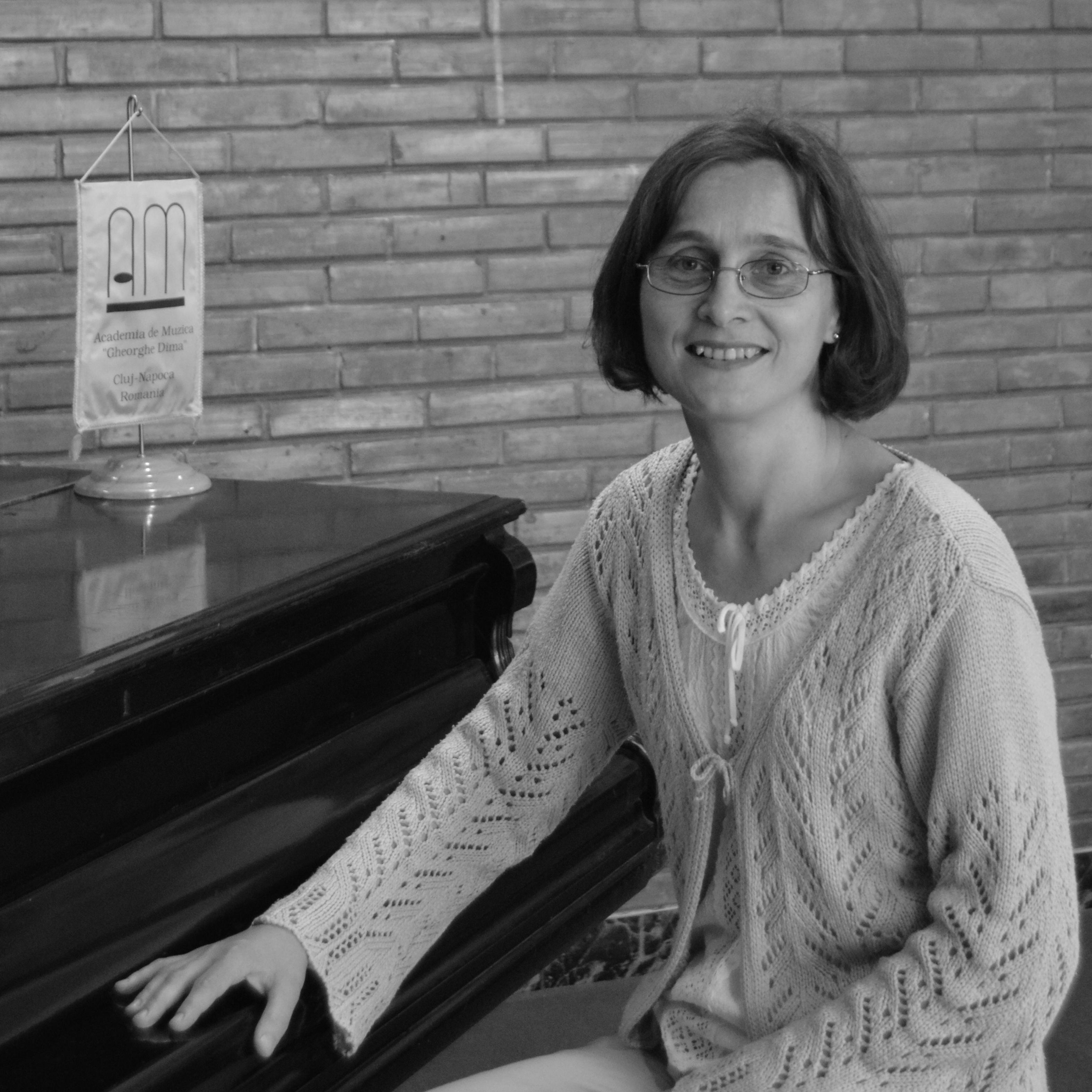 Bernadette Czumbil